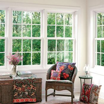 Double hung windows, colonial grilles