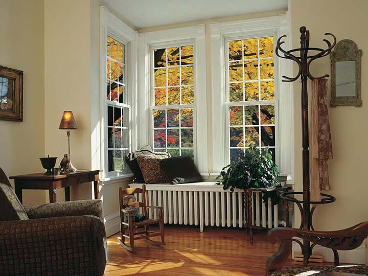 Double hung windows are a popular replacement window style that works equally well in classic and contemporary homes. Choose your color, grille and hardware to customize double hung replacement windows from Renewal by Andersen for your home's unique look.